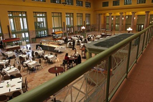 UD restaurant 2